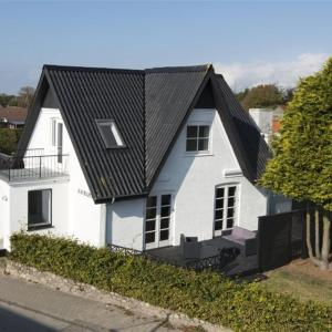 Hotel Pictures: Hals Holiday Home 476, Hou