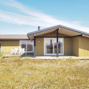 Hotel Pictures: Hvide Sande Holiday Home 384, Bjerregård