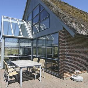 Hotel Pictures: Fanø Holiday Home 425, Fanø