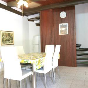 Hotellikuvia: Apartment Vesna A6, Novalja