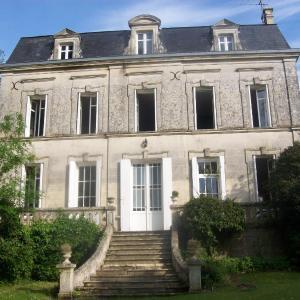 Hotel Pictures: Château Fontclaire, Pons