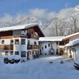 Fotografie hotelů: Hotel Kraftquelle Schlossblick, Angerberg