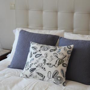Hotel Pictures: Apartamento Homelife Toletum, Toledo
