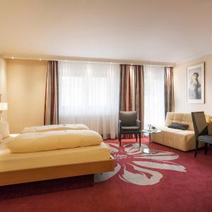 Hotel Pictures: Akzent Hotel Forellenhof Rössle, Honau