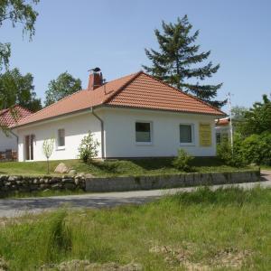 Hotelbilleder: Ferienhaus Sol mit Sauna, Sassnitz