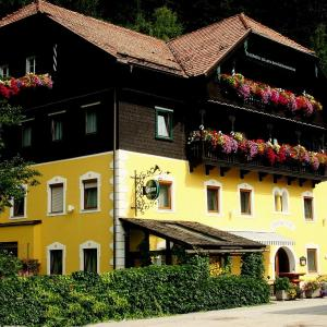 Hotel Pictures: Gasthof Post, Eisentratten