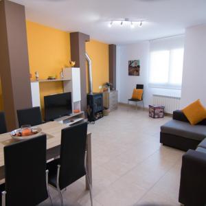Hotel Pictures: Apartament Bagà, Bagá
