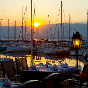 Hotel Pictures: Hotel Restaurant Le Jules Verne, Yvoire