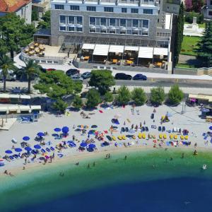Hotel Pictures: Grand Hotel Slavia, Baška Voda