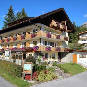 Foto Hotel: Tannenhof, Ehrwald