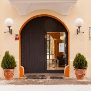 Hotel Pictures: Torre de Alborache, Alborache