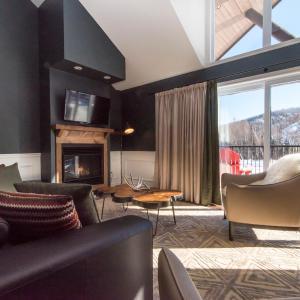 Hotel Pictures: Domaine Nymark, Saint-Sauveur-des-Monts