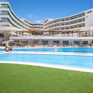 Hotel Pictures: Apartamentos Gema Aguamarina Golf, San Miguel de Abona