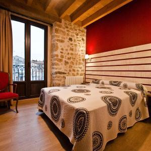 Hotel Pictures: La Casa de Beli, Tardajos