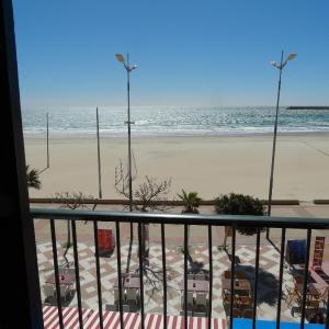 Hotel Pictures: Apartamento Estudio Acuario Frente Mar, Barbate