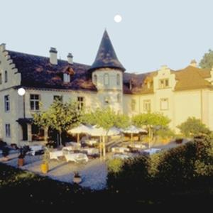 Hotel Pictures: Schloss Brunnegg, Kreuzlingen