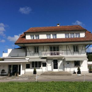 Hotel Pictures: Landcafe mit Mini Hotel, Burgdorf
