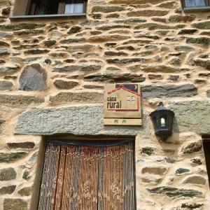 Hotel Pictures: La Casita De Paulino, San Ciprián