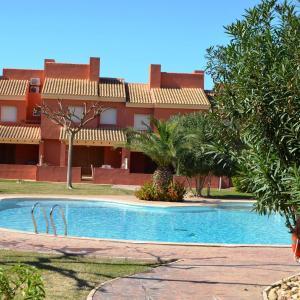 Hotel Pictures: Albatros Playa 2- 6705, Mar de Cristal