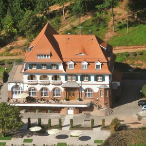 Hotel Pictures: Kurhaus Trifels, Annweiler am Trifels