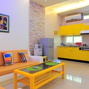 Hotel Pictures: Kenting Bay Homestay II, Hengchun Old Town