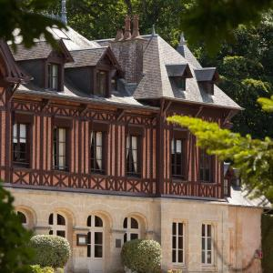 Hotel Pictures: Le Pavillon De Gouffern B&B, Silly-en-Gouffern