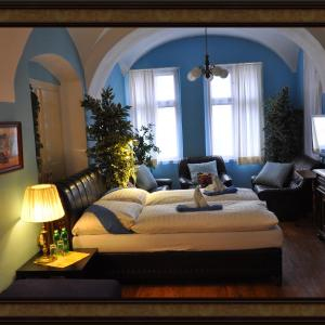 Hotel Pictures: Centrum Tiffany Pension, Domažlice