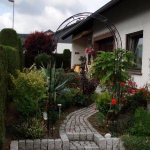 Hotelbilleder: Ferienwohnung Anna Scheid, Kelberg