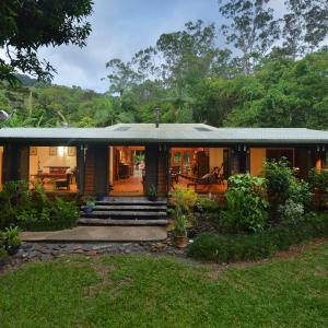 Hotel Pictures: Cow Bay Homestay B&B, Cow Bay
