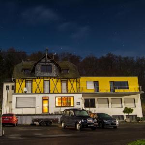 Hotelbilleder: The Venue Frankfurt-Hahn Airport (Shuttle and Car Parking), Hirschfeld
