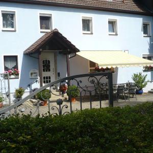 Hotelbilleder: Pension Goldener Stern, Ochsenfurt