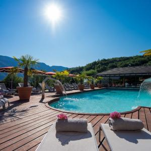 Hotel Pictures: Les Tresoms Lake and Spa Resort, Annecy