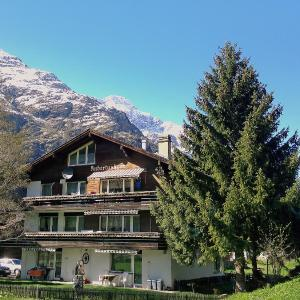 Hotel Pictures: Apartment Hubertusheim, Täsch
