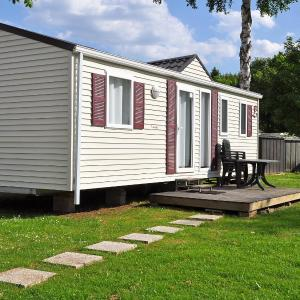 Hotel Pictures: Holiday Home Luxe Mobile Chalet 4 pers..4, Erpigny