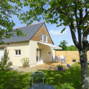 Hotel Pictures: Holiday Home Maison du Golf, Epiniac