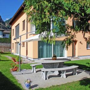 Hotel Pictures: Apartment Ca' d'Zizzei, Olivone