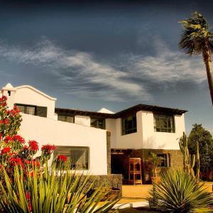 Hotel Pictures: Holiday Home Casa Perdomo, Family Retreat, Masdache