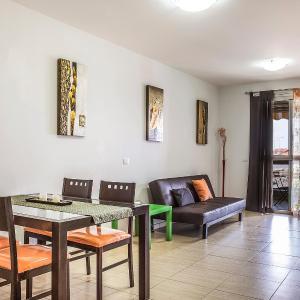 Hotel Pictures: Apartment Oeste, El Médano