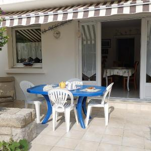 Hotel Pictures: Holiday Home Les Dunes, Quiberon