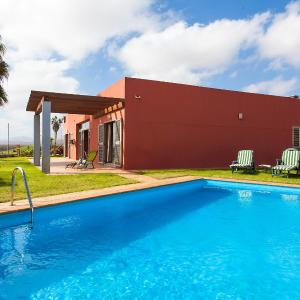 Hotel Pictures: Villa Villa Concha, La Guirra