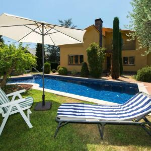 Hotel Pictures: Holiday Home Can Jaume, Sant Esteve de Palautordera