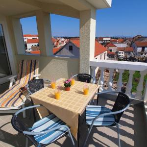 Hotellbilder: Apartment Jela, Vodice