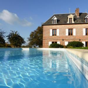 Hotel Pictures: Ailleurs Sous Les Étoiles, Manneville-la-Raoult
