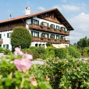Hotel Pictures: Parkhotel Living, Bayersoien