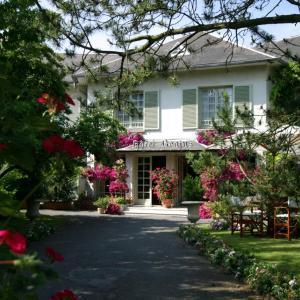 Hotel Pictures: Hôtel Beatus, Cambrai
