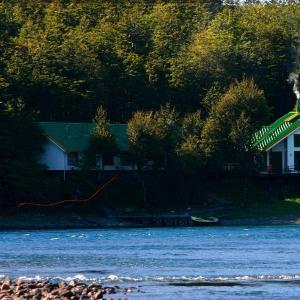 Фотографии отеля: Patagonia Baker Lodge, Puerto Bertrand