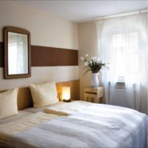 Hotel Pictures: Hotel Krone, Ostfildern