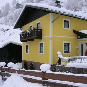 Photos de l'hôtel: Ferienhaus Christine, Taxenbach