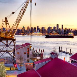 Hotel Pictures: Pinnacle Hotel at the Pier, North Vancouver