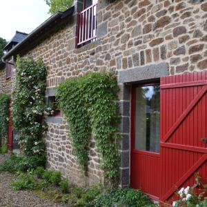 Hotel Pictures: Le Domaine, Les Iffs